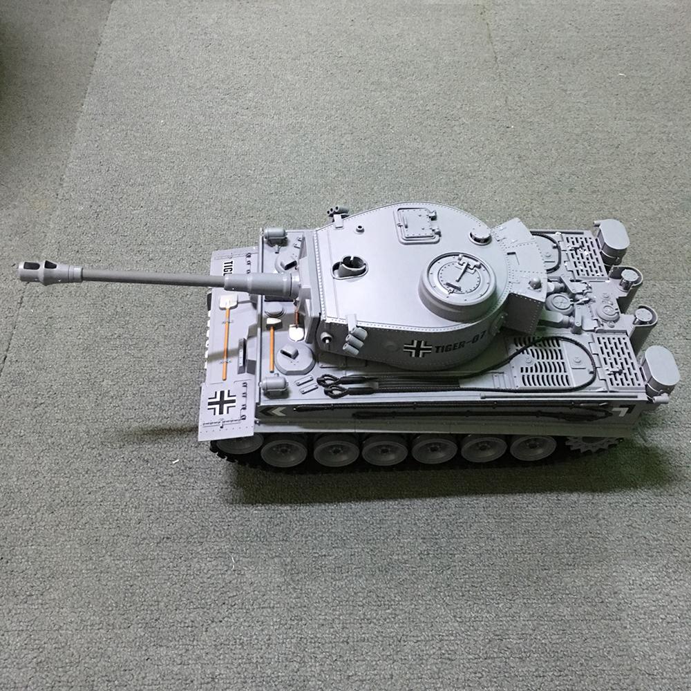 Xe Tank Điều Khiển Từ Xa Bắn Đạn và Có Khói 2.4Ghz 789-3 1:18