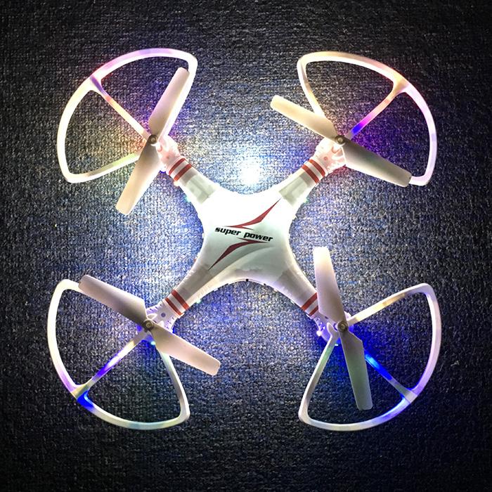 Máy Bay Điều Khiển Từ Xa 4 Cánh A7 Quadcopter Có đèn Led Nhào Lộn