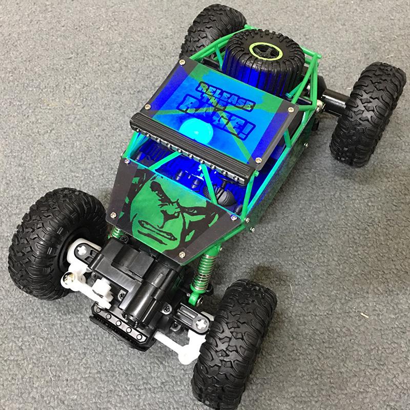 Xe Địa Hình Rock Crawler Người Khổng Lồ Xanh Hulk 699-85 4WD Rally Car Tỉ Lệ 1-18