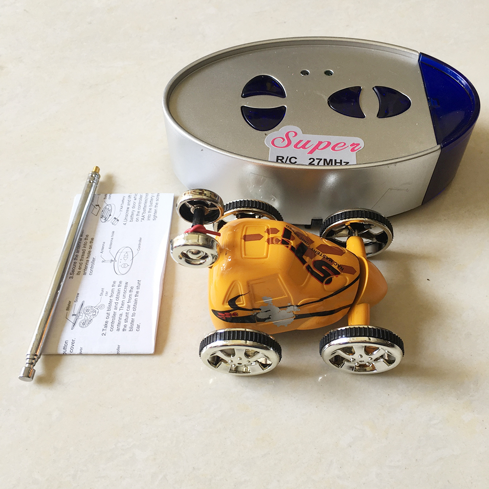 Xe Điều Khiển Nhào Lộn Siêu Mini Stunt Car 2152C
