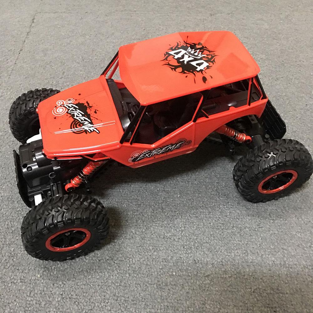 Xe Địa Hình Rock Crawler 0135 4WD Có Đèn Led Âm Thanh