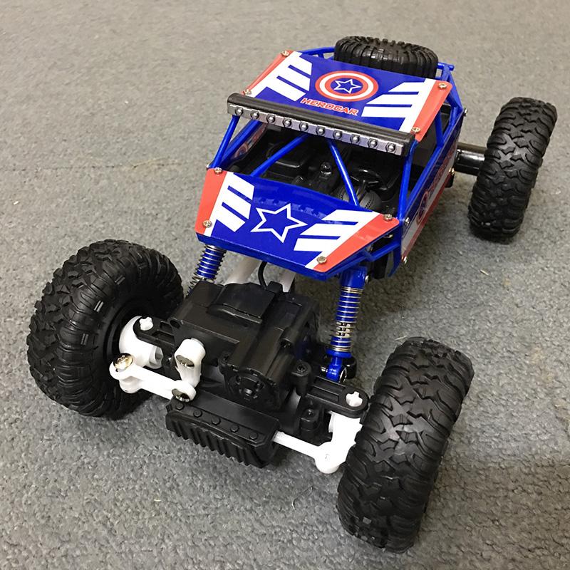 Xe Địa Hình Rock Crawler Captian America 699-85 4WD Rally Car Tỉ Lệ 1-18