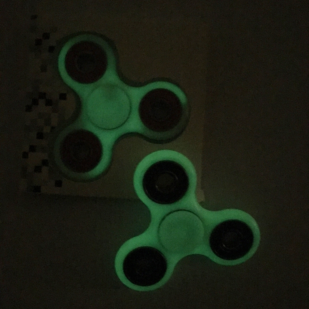 Con Quay Giảm Stress Dạ Quang 3 Cánh Hand Spinner - Fidget Spinner